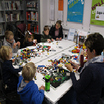 Get creative with our Lego and Duplo ! Come join our Lego card swap session !