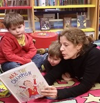 Bring your little ones and listen to a variety of children's stories. Every Wednesday morning.