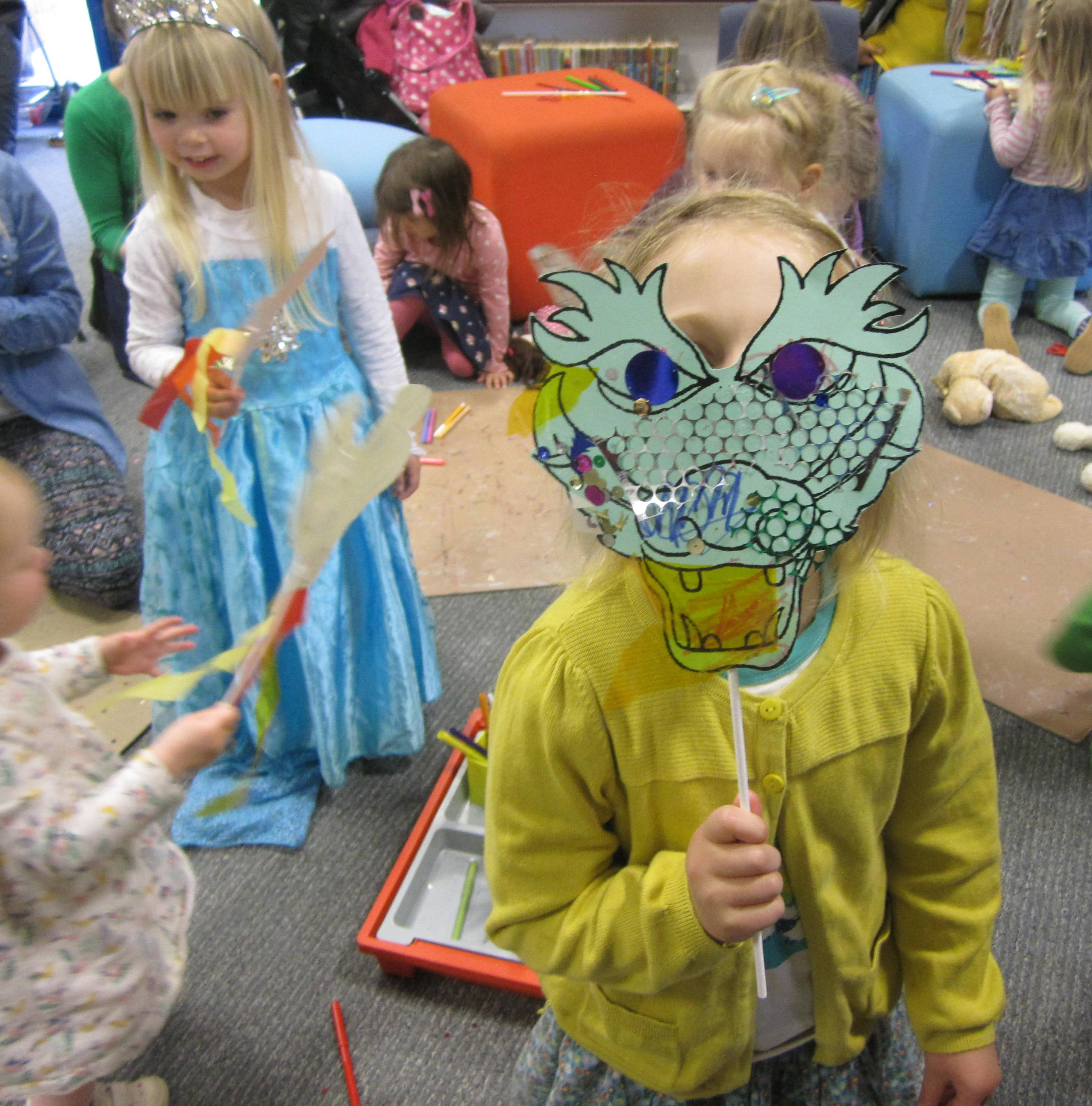 Stories songs and crafts for children, aged 2 and above, and their carers. Term Time only